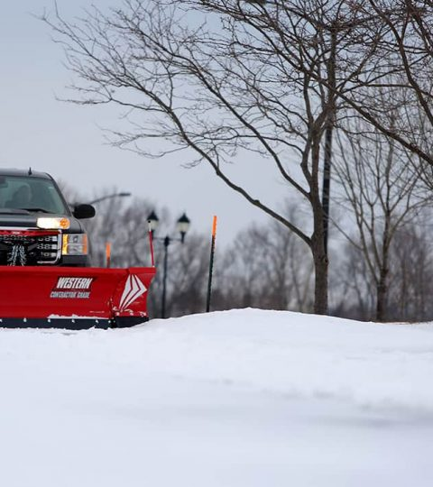 wide-out-adjustable-wing-snowplow-7